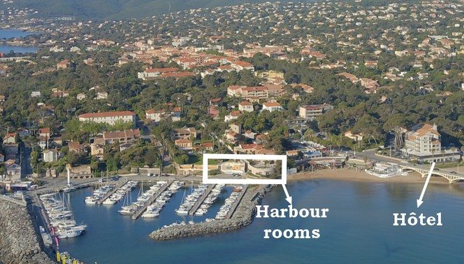 Harbour Royal Suite